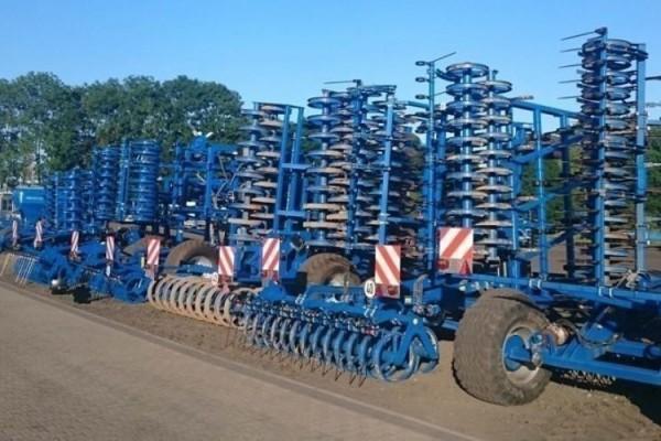 kagro ciągniki versatile