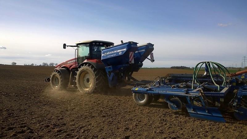 Kockerling Master 600 + ciągnik rolniczy Versatile 260